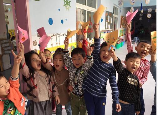 旌阳区实验幼儿园:爱在母亲节 爱在每一天