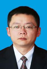 遂宁中学校长:张东