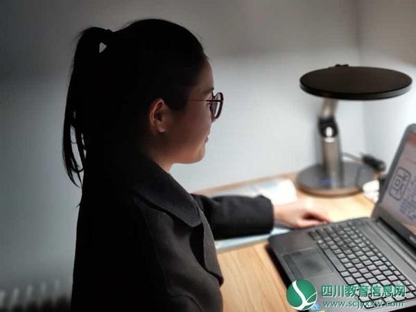 内江师范学院:注重教学效果 公共课魅力不减