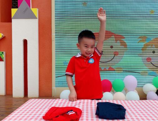 """""""我参与,我快乐"""" 岳池县东湖幼儿园举行幼儿生活自理能力大赛"""