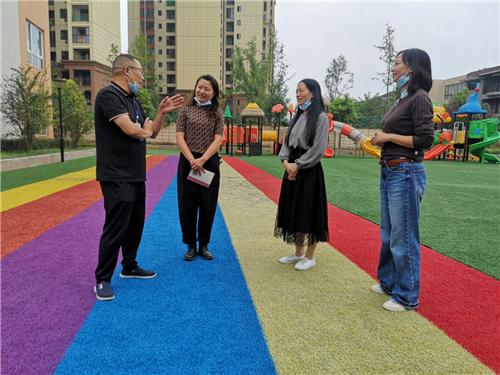 崇州市人民政府挂牌督学王亚新深入绿色实验幼儿园教育集团进行督导