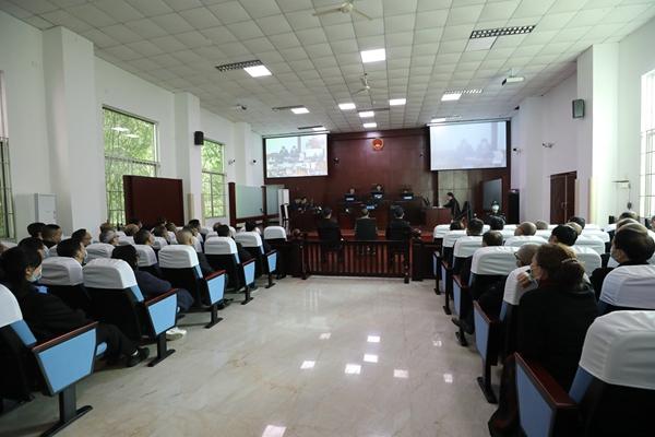 罗江区教育系统:旁听庭审敲警钟 警示教育零距离