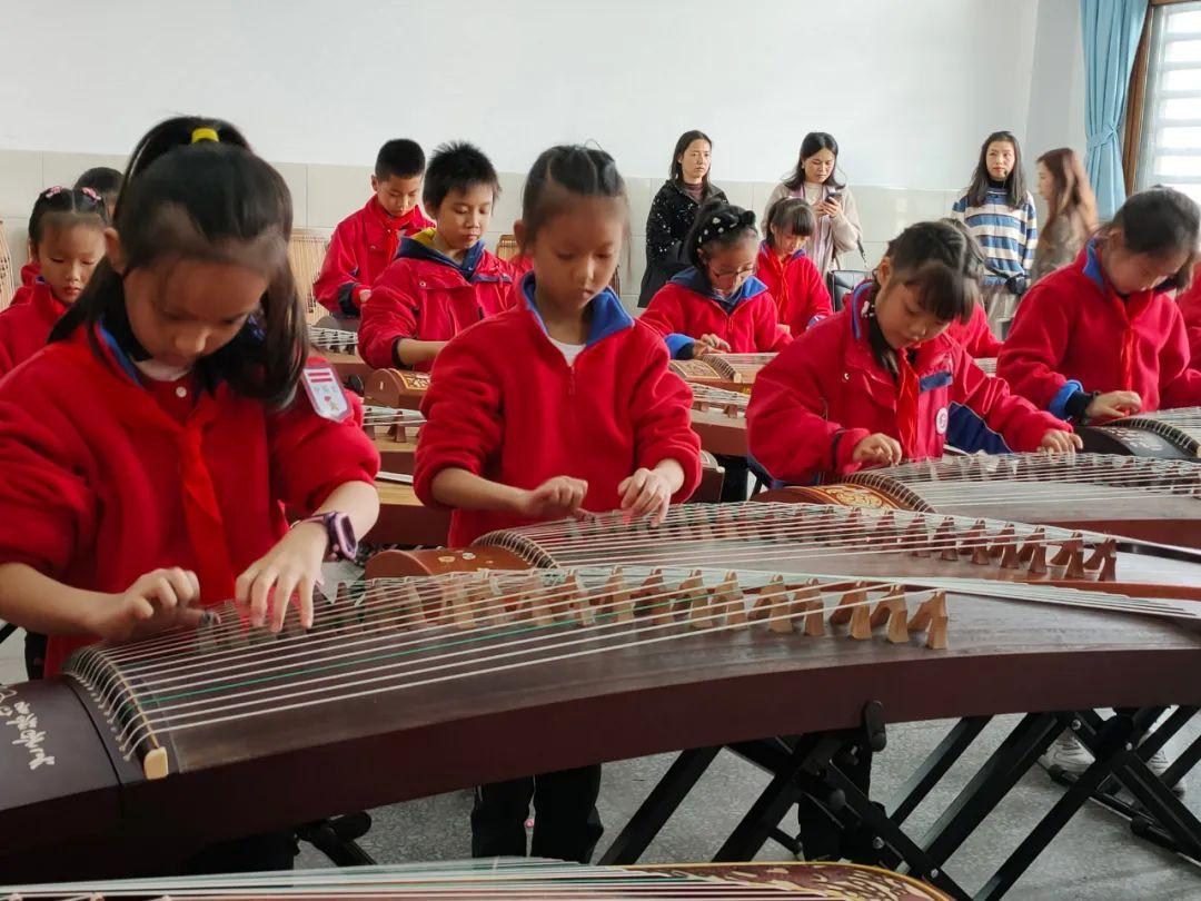 凝聚育人智慧,科学教研促成长——德阳市开展小学音乐教学视导