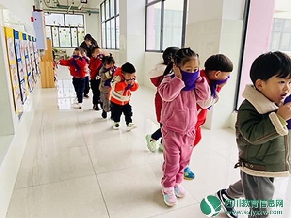 漩口小学附属幼儿园举行消防安全演练活动