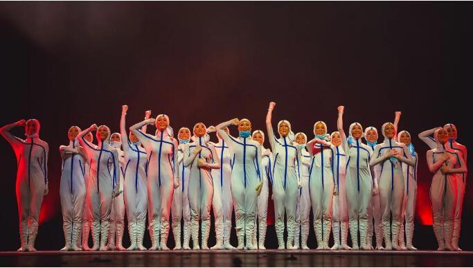成都艺术职业大学原创舞蹈《最美逆行者》荣获第四届四川省青年舞蹈大赛最佳作品奖