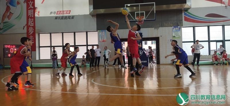 巴州区一小在四川省小篮球联赛巴中赛区获佳绩